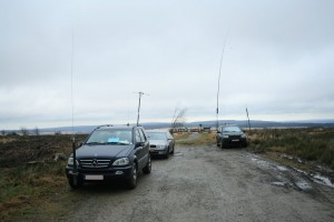 Het team compleet. Vlnr: Het 40m station (ON7UZ/PB1SAM), 2m (PE2KMV), 20m (ON3HCO)